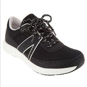 TRAQ by Alegria Lace-Up Athletic Shoes - Qarma